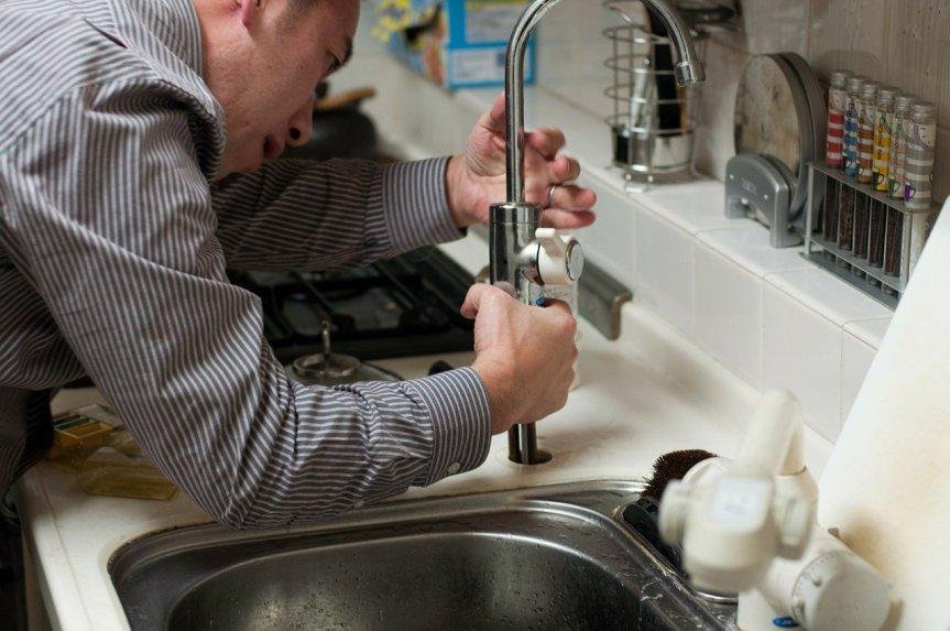 plumber-228010_1280(4)